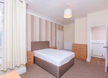 Thumbnail Room to rent in Heavitree Road, Exeter