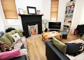 Thumbnail 3 bedroom flat to rent in Holmbury View, Clapton