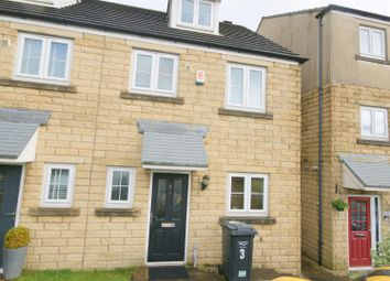 Thumbnail 3 bed town house to rent in Beckside, Halifax
