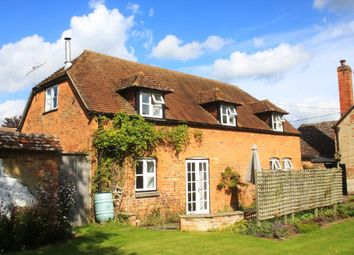 Thumbnail 3 bed cottage to rent in High Street, Netheravon, Salisbury