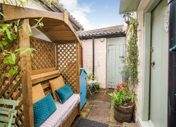 Horse Street, Chipping Sodbury, Bristol BS37. 2 bed cottage