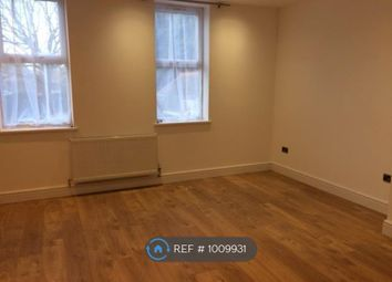 Thumbnail 1 bed flat to rent in Southwood Road, London