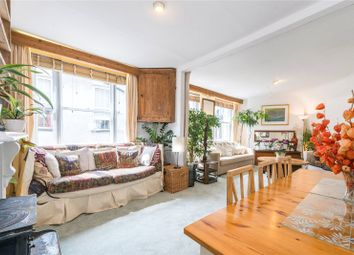 2 bed flat to rent in Hanway Place, London W1T