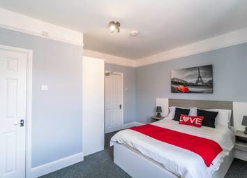 Thumbnail 1 bedroom property to rent in Lorne Street, Reading