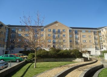 2 bed flat to rent in The Dell, Shirley, Southampton SO15