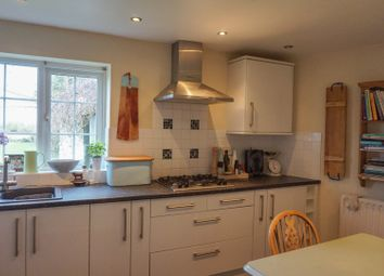 Thumbnail 3 bed detached house to rent in 14 Eythrope Road, Stone