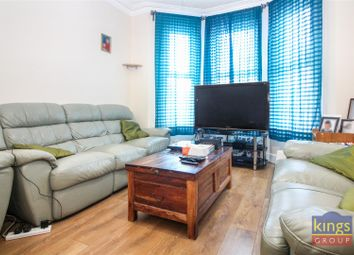 3 bed property for sale in Chesterfield Gardens, London N4