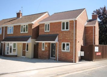 Thumbnail 3 bed detached house for sale in Croft Avenue, Kidlington