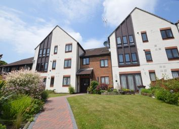 2 bed flat for sale in Rex Court, Haslemere GU27