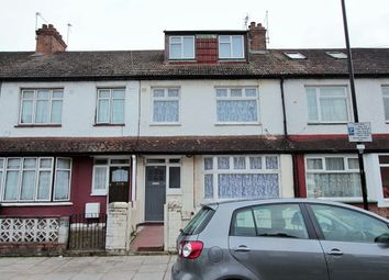 Thumbnail 5 bedroom terraced house to rent in Manor Road, London