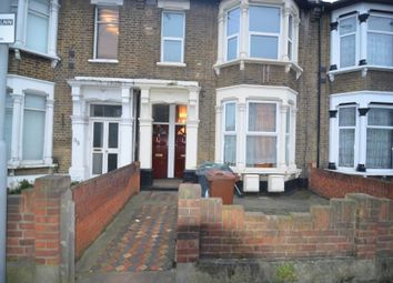 Thumbnail 2 bed flat to rent in Grove Green Road, London
