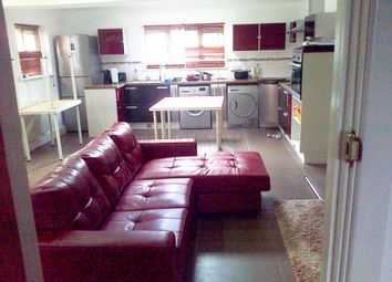 2 bed end terrace house to rent in Mauldeth Road, Withington, Bills Included, Manchester M20