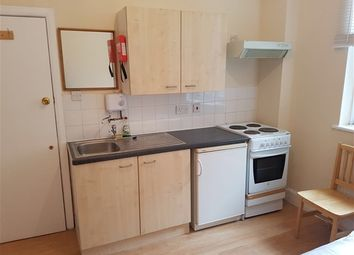 Thumbnail Room to rent in Homerton High Street, Hackney, London