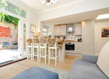 Thumbnail 2 bed flat for sale in Carysfort Road, London