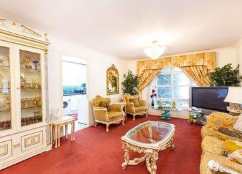 2 bed flat for sale in Gloucester Terrace, London W2