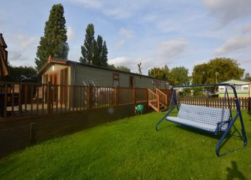 Thumbnail 2 bedroom mobile/park home for sale in New Birdlake View, Little Billing, Northampton, Northamptonshire