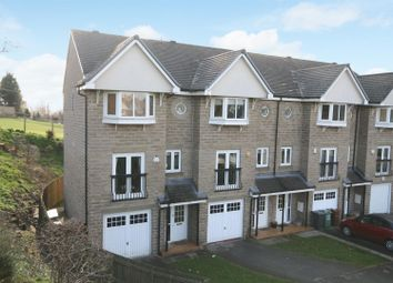 Thumbnail 4 bed property to rent in Pennythorne Drive, Yeadon, Leeds