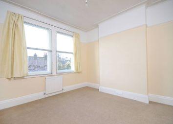 Thumbnail 3 bed flat to rent in Gosberton Road, Balham