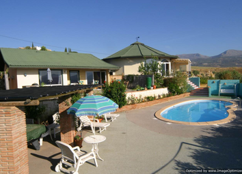 Thumbnail 5 bed villa for sale in Vinuela, Malaga, Andalusia, Spain