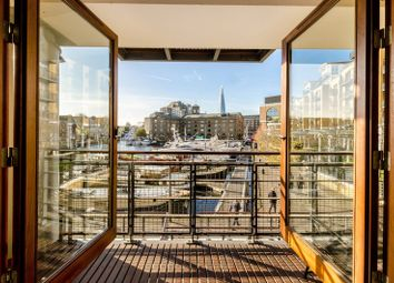 2 bed flat to rent in Star Place, St Katharine Docks, London E1W