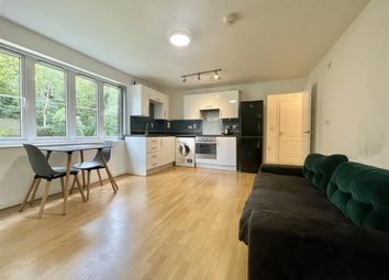 Thumbnail 1 bed flat to rent in Hollingsworth Mews, Watford