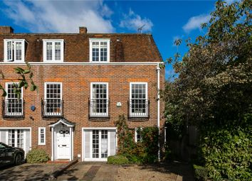 4 bed property for sale in Abbotsbury Close, Holland Park, London W14