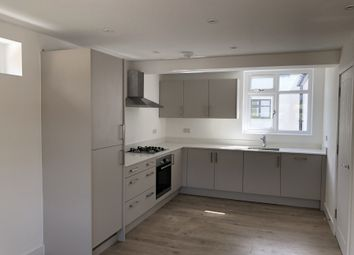 Thumbnail 2 bed flat to rent in Kimbolton Road, Bedford