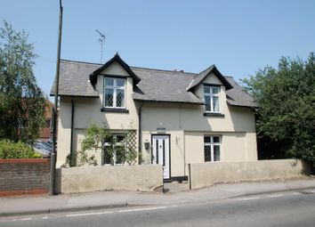 Thumbnail 3 bedroom detached house to rent in Pound Close, High Street, Sandridge, St.Albans