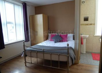 Thumbnail 1 bed flat to rent in 252 Manchester Road, Huddersfield, West Yorkshire