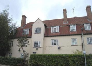 Thumbnail 3 bed flat to rent in Winchfield Road, Lower Sydenham