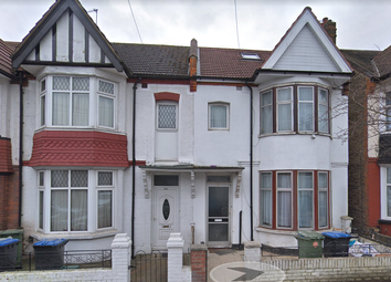 Thumbnail 5 bedroom terraced house to rent in Rose Bank Avenue, Wemblye
