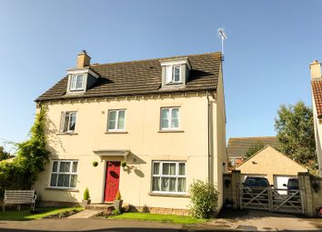 Thumbnail 5 bed detached house for sale in Stickleback Road, Calne