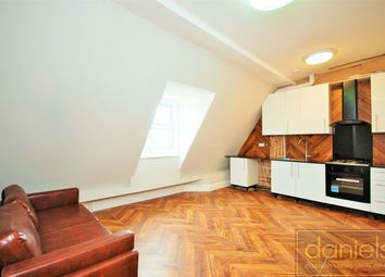 2 bed flat to rent in Nicoll Road, Harlesden, London NW10