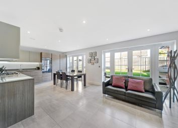 4 bed property for sale in Woodcote Close, Bushey WD23