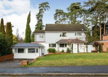 Camberley, Surrey, United Kingdom GU15. 5 bed detached house