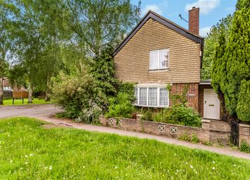 Thumbnail 3 bed detached house for sale in Lee Street, Horley, Surrey