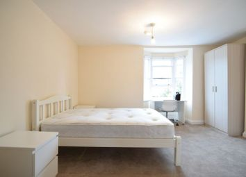 Room to rent in York Place, Brighton BN1