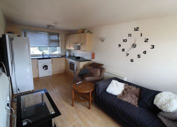 2 bed flat to rent in Waterloo Road, Winton, Bournemouth BH9