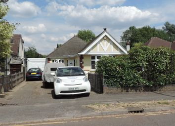 Thumbnail 3 bed bungalow for sale in Elmroyd Avenue, Potters Bar