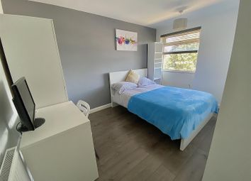 Thumbnail Room to rent in Devon Road, Luton