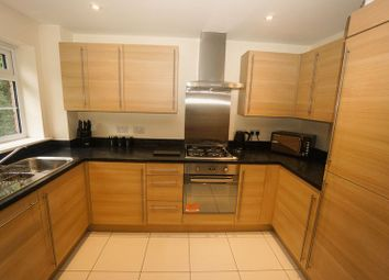 Thumbnail 2 bed flat to rent in Temple Road, Bolton