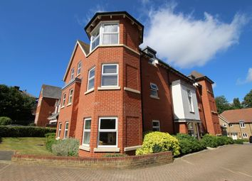 2 bed flat to rent in Egham Hill, Egham TW20