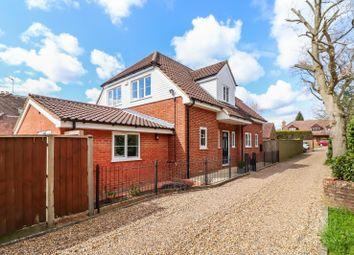 Belmont Road, Chesham HP5. 4 bed detached house for sale