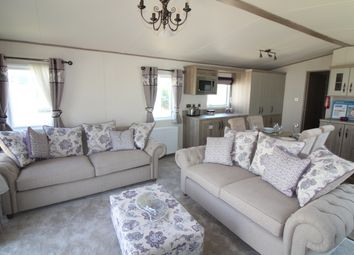 Thumbnail 2 bed mobile/park home for sale in Warren Road, Hopton, Great Yarmouth