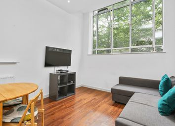 Thumbnail 1 bedroom flat to rent in Great West Road, Brentford