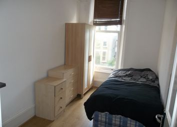 Thumbnail Studio to rent in Fordwych Road, Kilburn, London