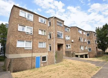 Thumbnail 1 bed flat to rent in Dumfries Street, Luton