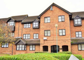 Thumbnail 2 bedroom flat to rent in Bow Arrow Lane, Dartford