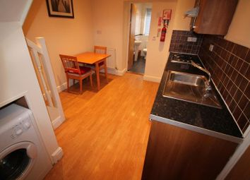 Thumbnail 2 bed flat to rent in Russell Street, Cathays, Cardiff