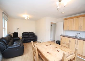 Thumbnail 3 bed flat to rent in Fonthill Road, London